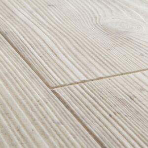 Quickstep-Impressive-Lichtgrijs-beton-IM-1861-close-up.jpeg