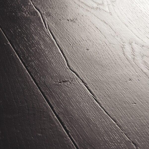 Quickstep-Signature-Eik-geverfd-zwart-SIG-4755-close-up-2.jpeg