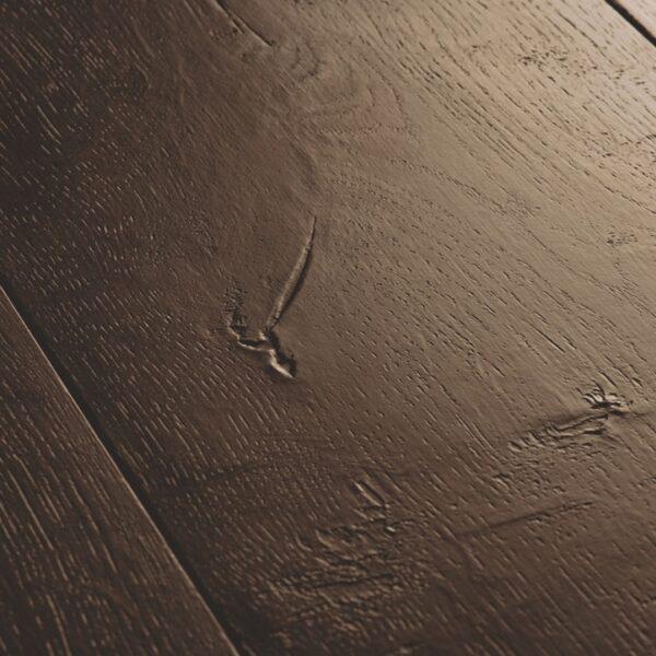 Quickstep-Signature-Gewaxte-eik-bruin-SIG-4756-close-up.jpeg